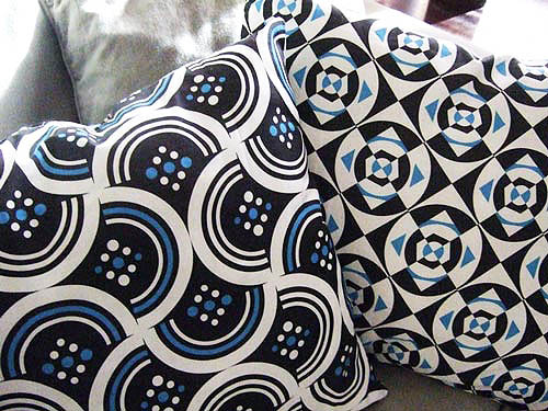 Bluelucy Pillows / Custom Fabric designs