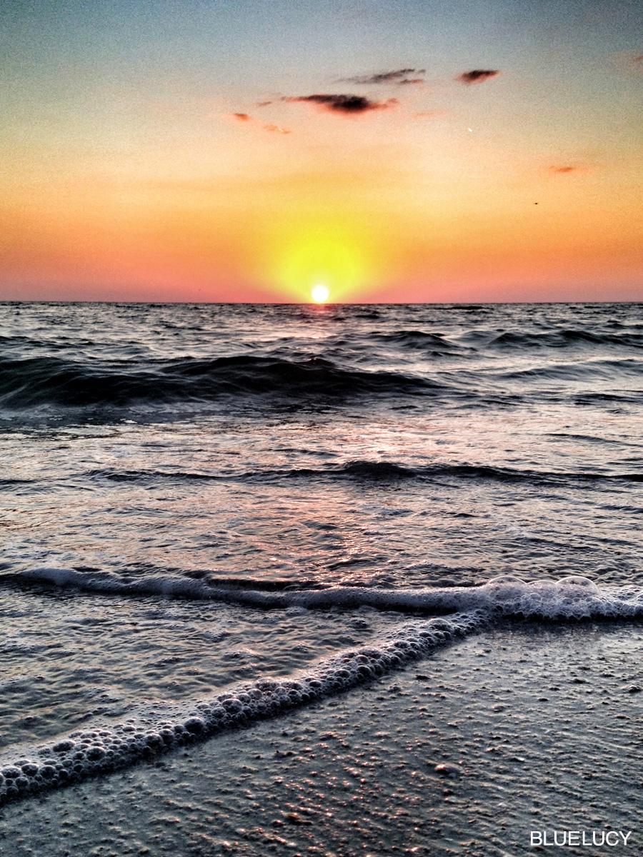 TreasureIsland_Sunset_Bluelucy