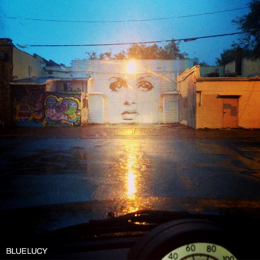 Beam_Me_Up_Twiggy_Bluelucy