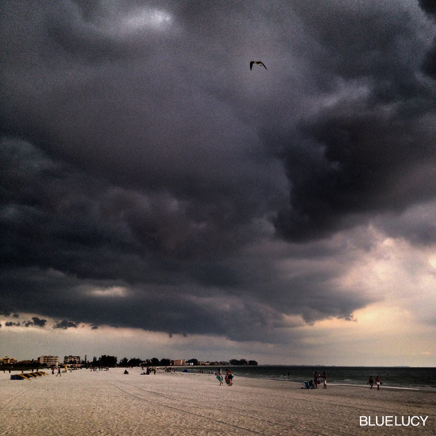 BEACH_MEMORIAL_DAY_2014_BLUELUCY_03